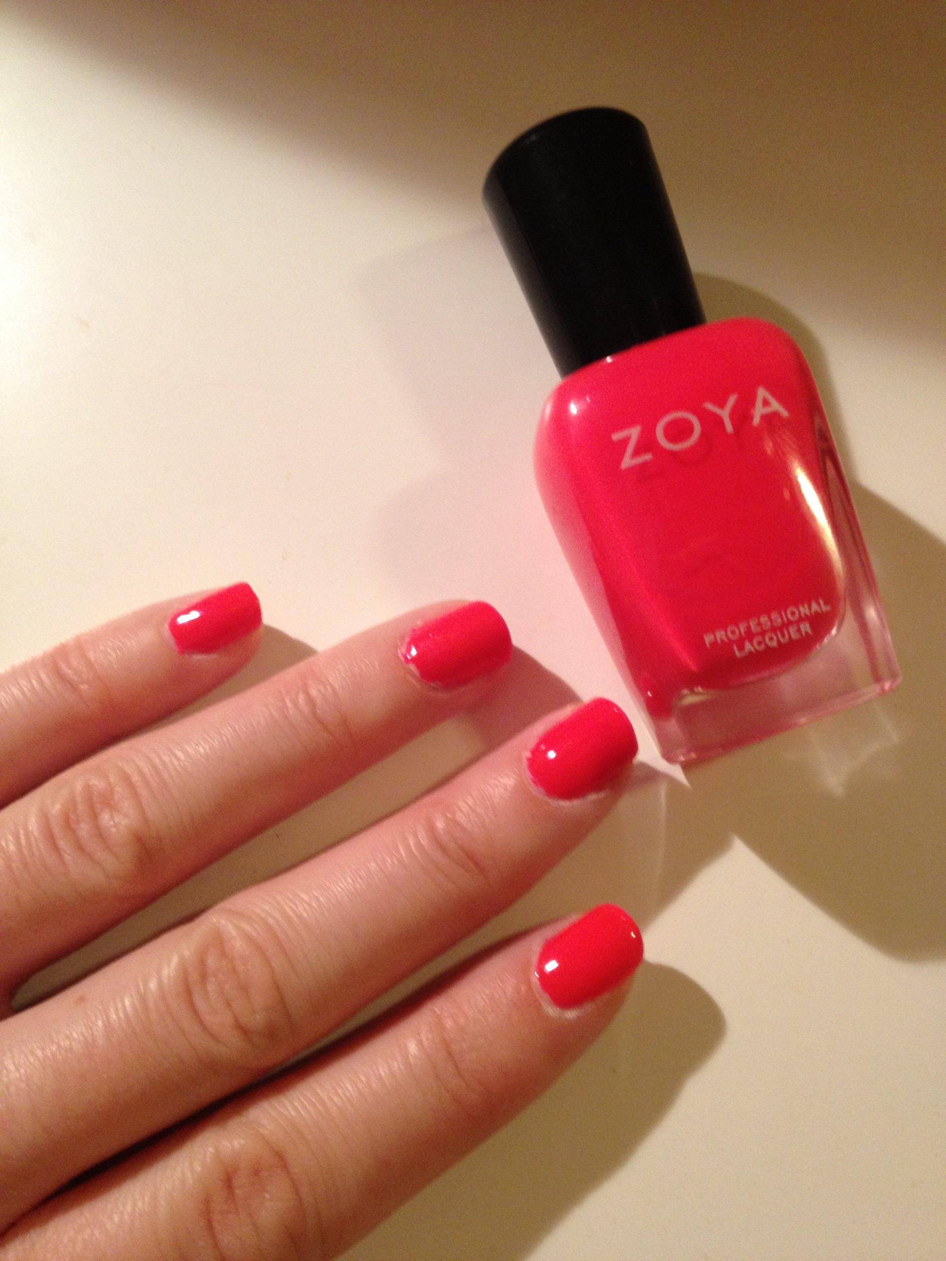 Zoya Ali Manicure