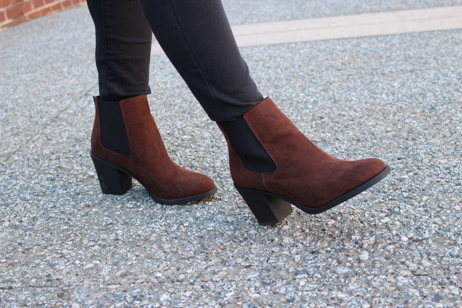 sf blogger - h&m faux suede booties