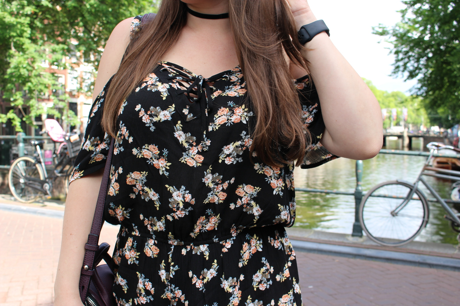 summer travel outfit - floral romper - amsterdam blogger