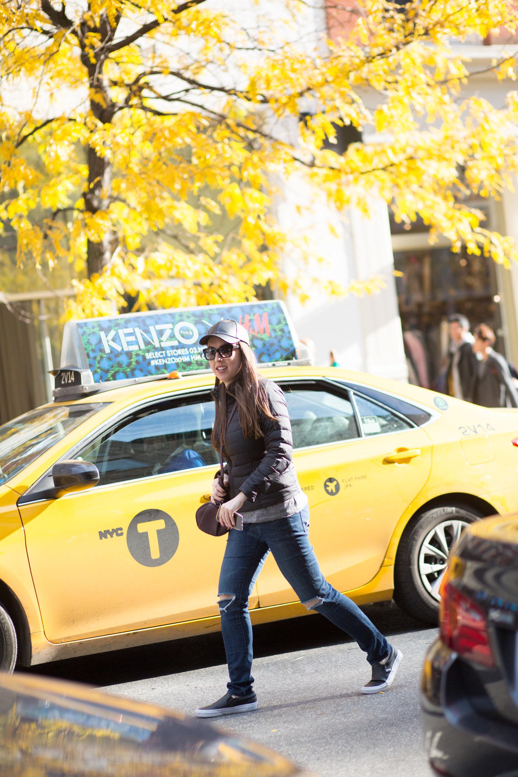 Fashion Blogger - NYC Taxi