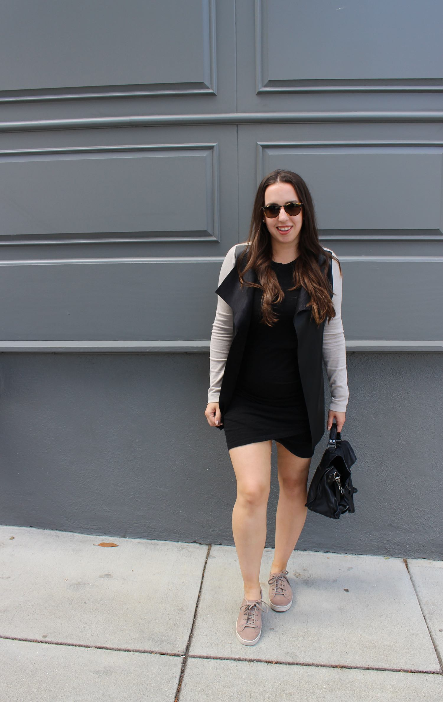 sf blogger in minimalist outfit wearing proenza schouler ps1 satchel