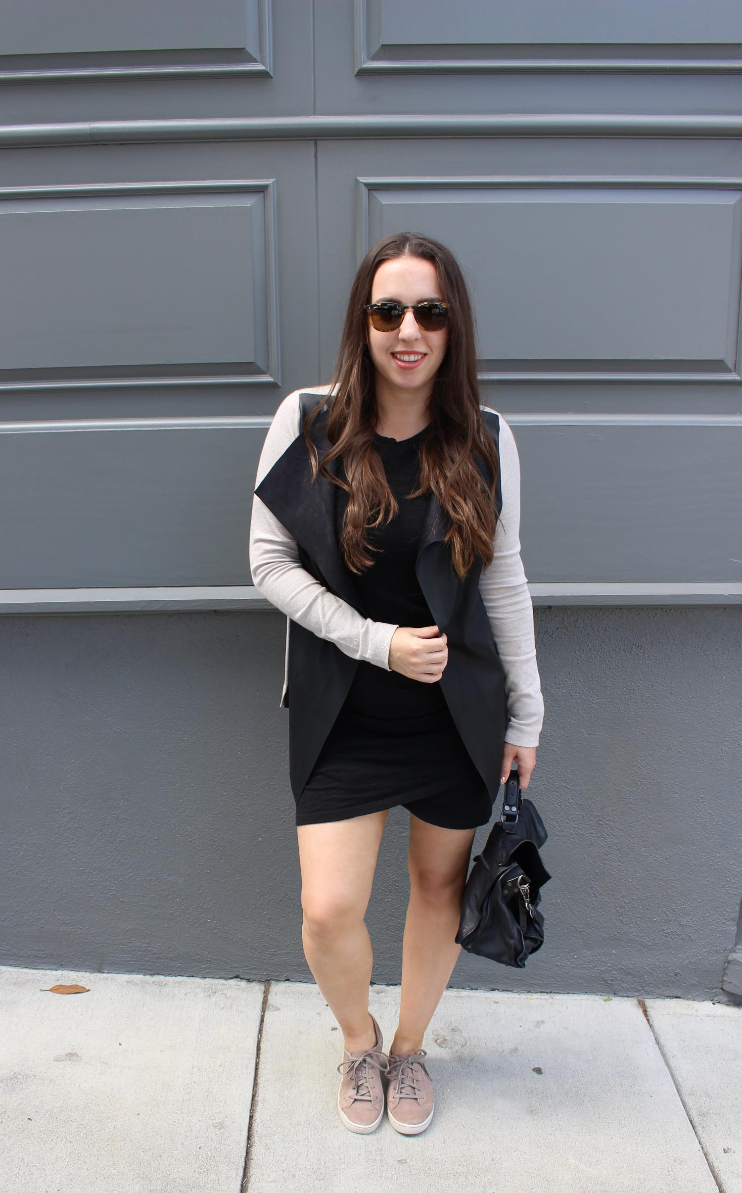 sf blogger in minimalist style wearing black zara cardigan