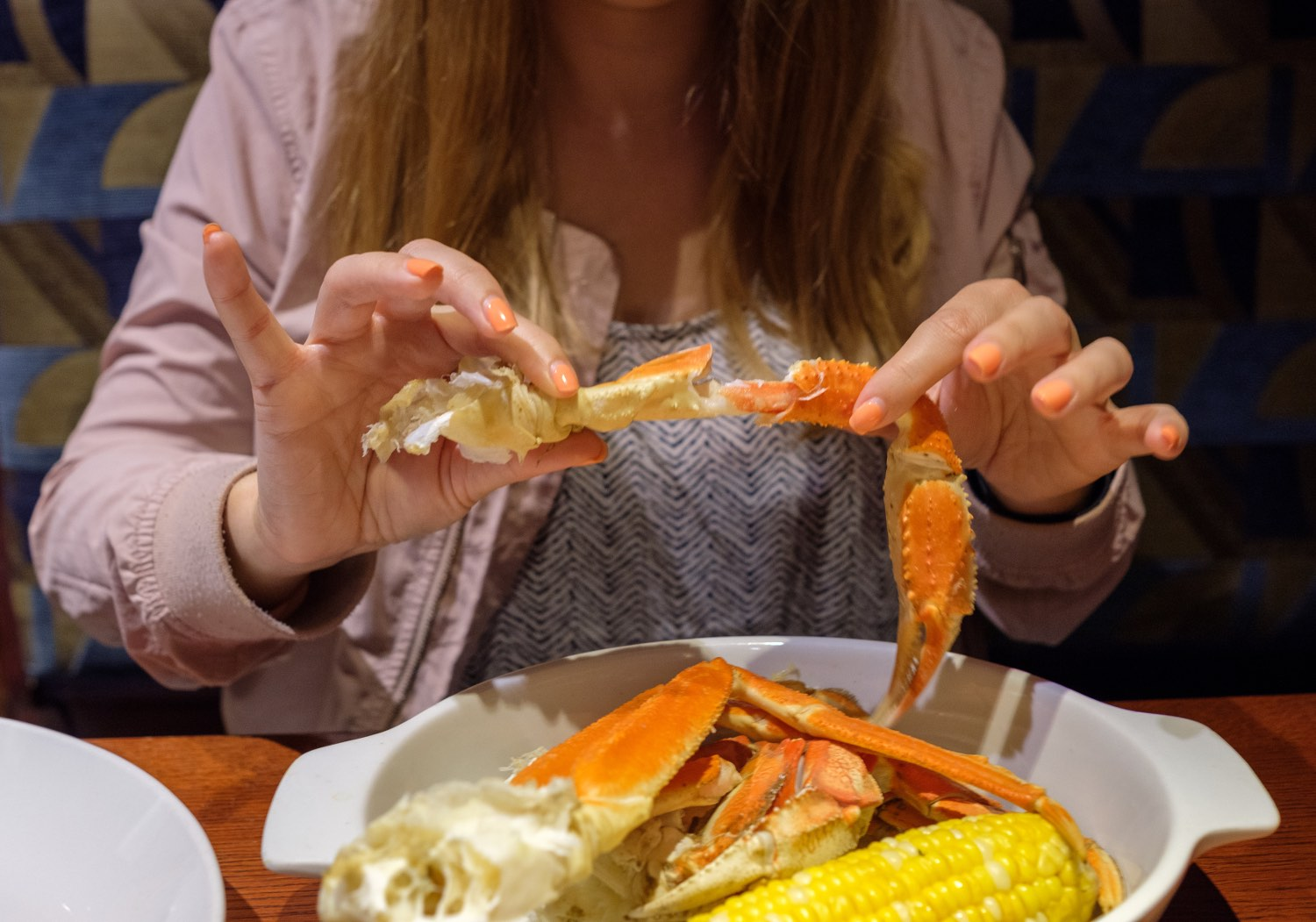 crabfest dueling crab legs at red lobster
