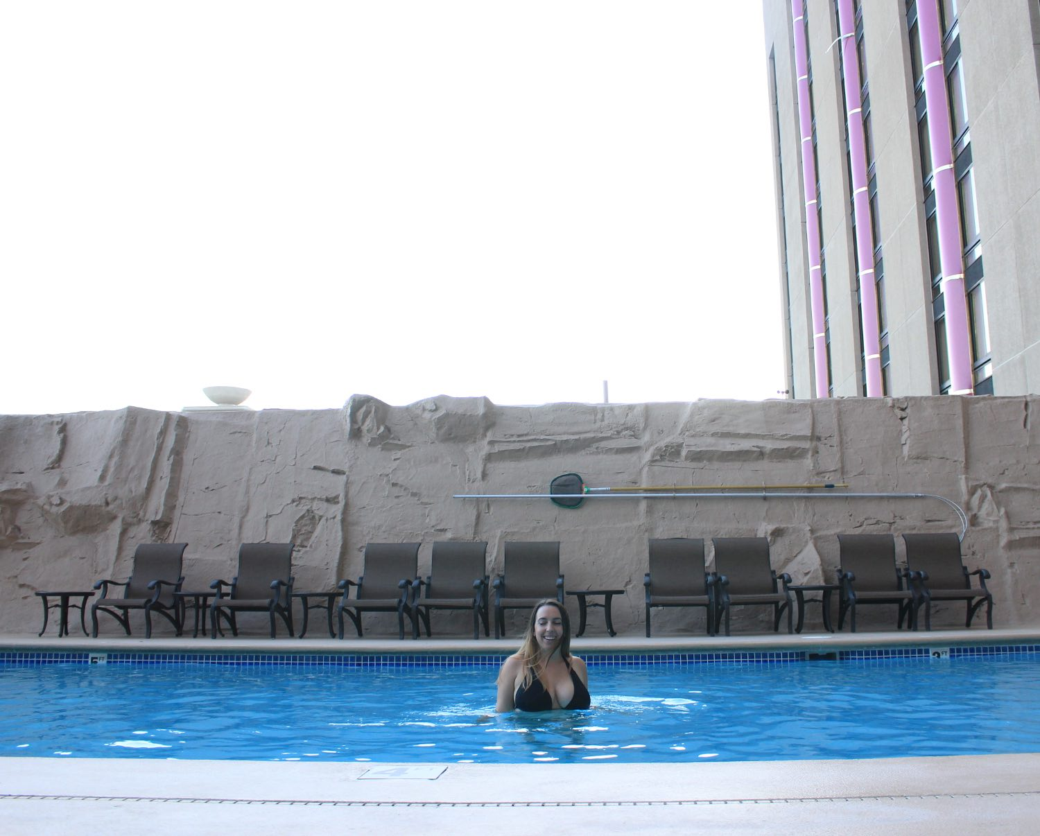 5 reasons you should stay at atlantis casino resort spa for Atlantis pools