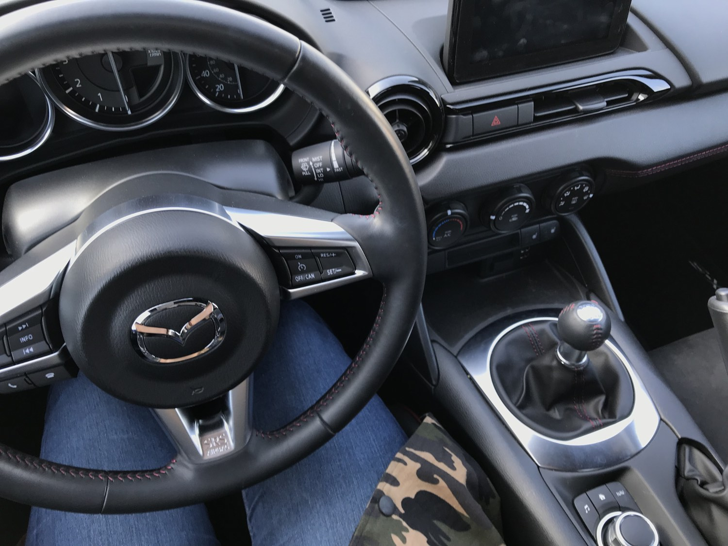 2018 Mazda MX-5 Miata Club Drivers Seat