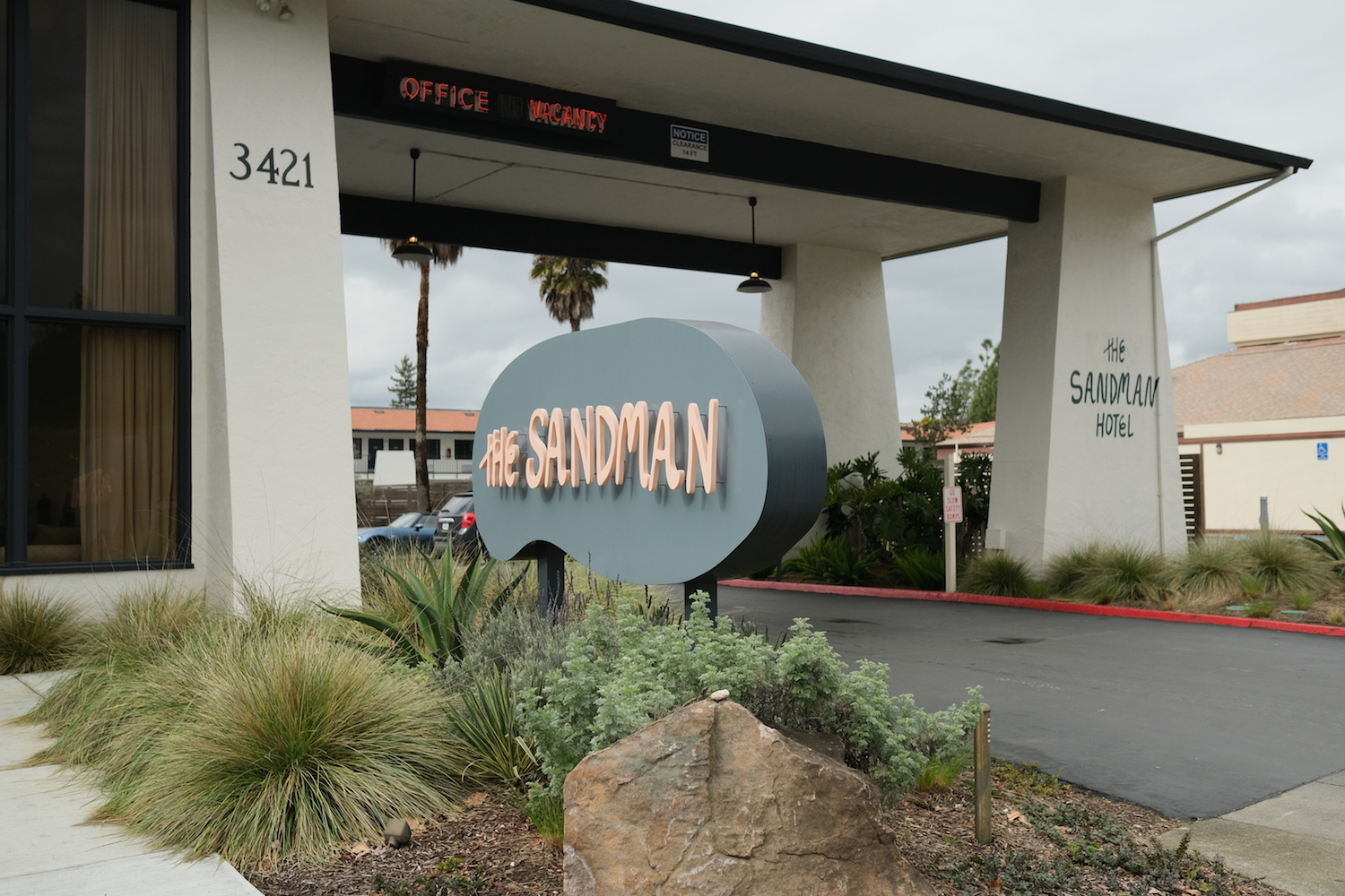 The Sandman Hotel in Santa Rosa, CA
