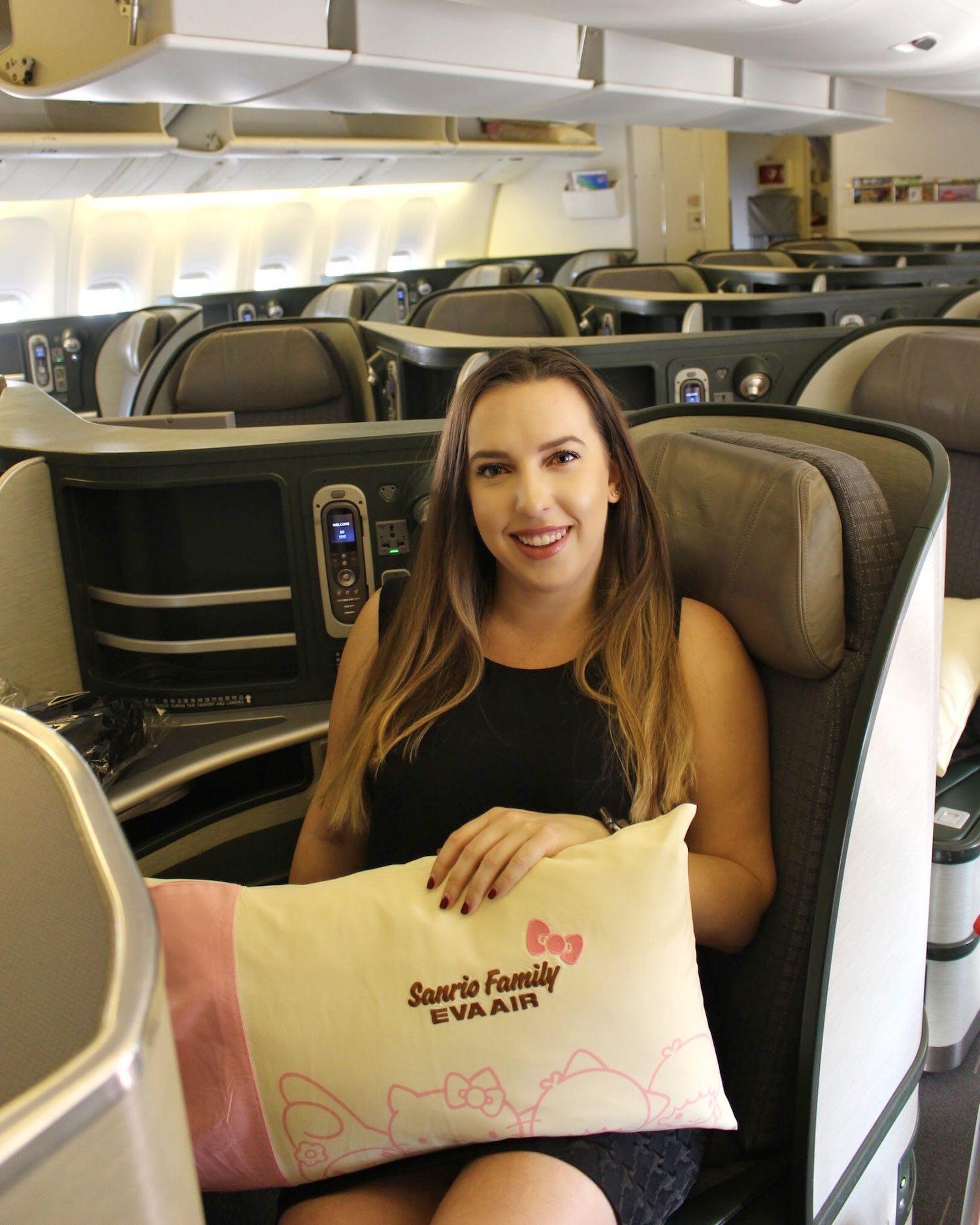 EVA Air Hello Kitty Jet Business Class