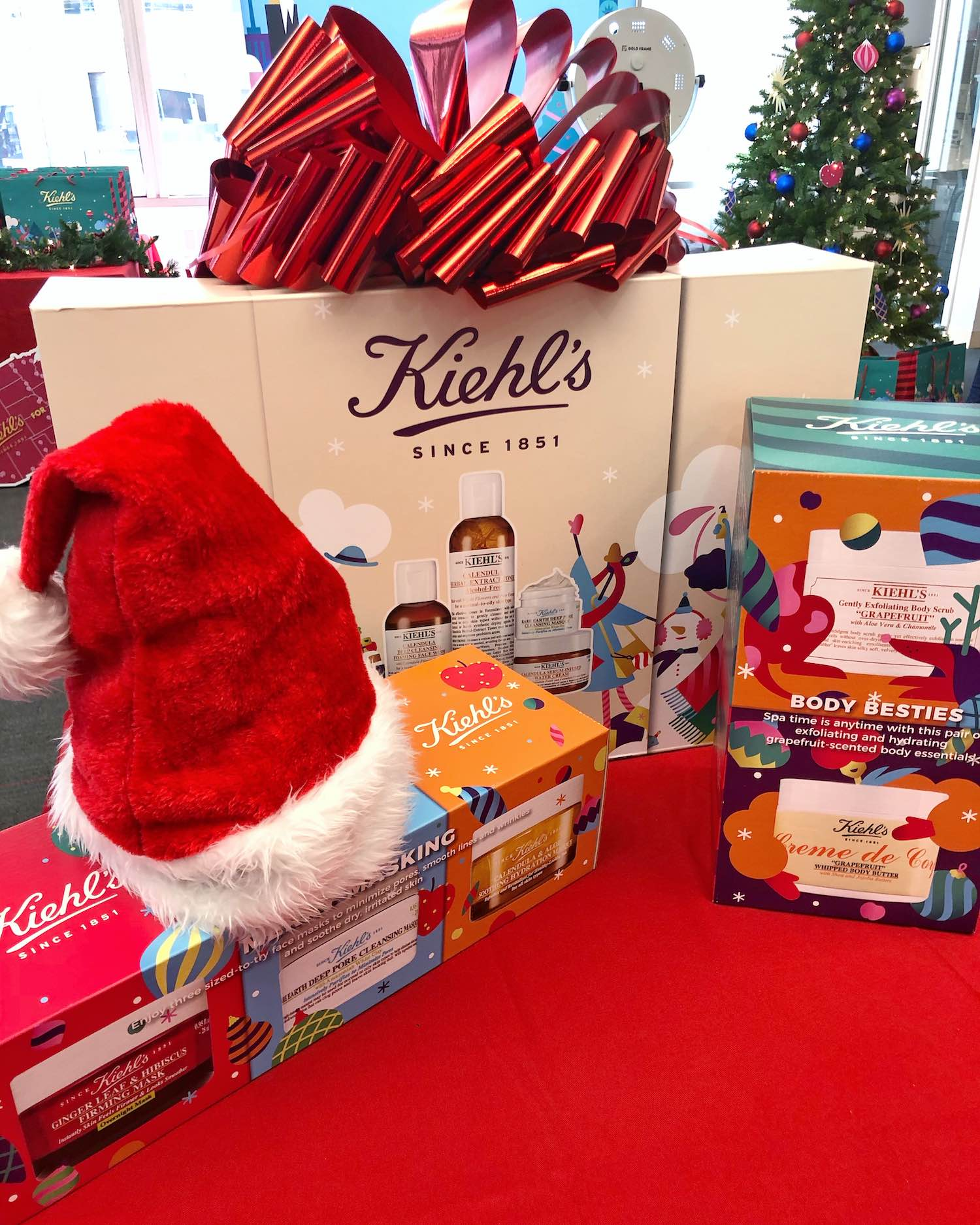 Beauty Gifts That Give Back - Kiehl's Holiday Kits