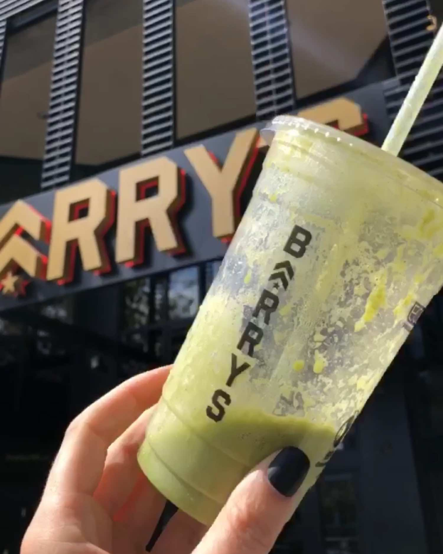 Barry's Green Latifah Shake